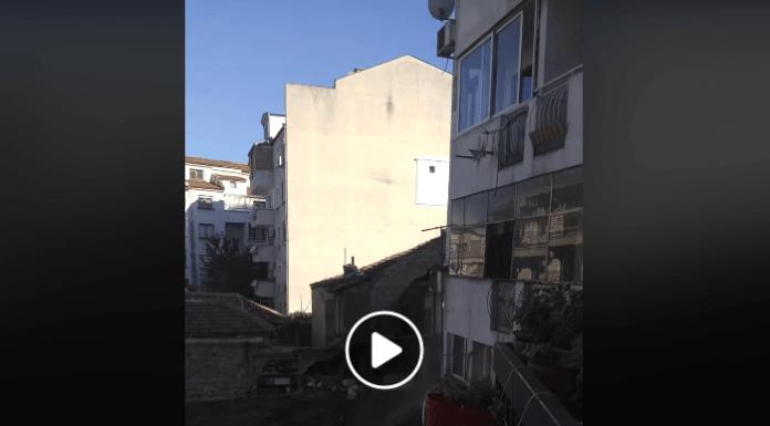 Видео позаква, как пропада къща в Пловдив