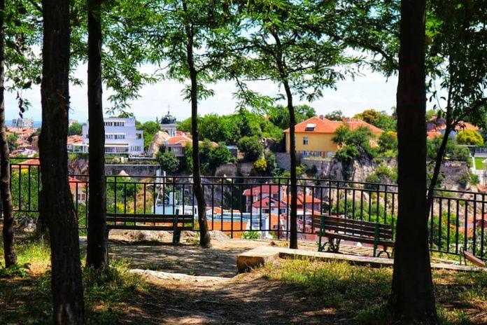 Община Пловдив ще строи кръчма на Сахат тепе