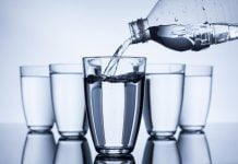 12 важни признака, че не пием достатъчно вода